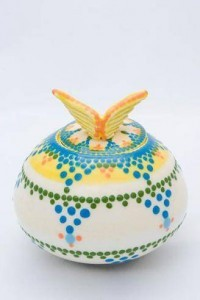 Wing On High - an artistic urn from the Une Belle Vie collection